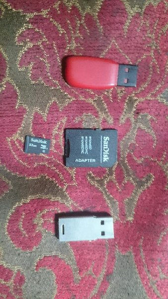 Used USB + MEMORY in Dubai, UAE