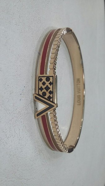Used L.V BRANDED BANGLE in Dubai, UAE
