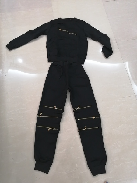 Used Sweater and pants set size S-M in Dubai, UAE