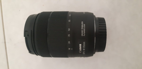 Used Canon 18 to 135 mm lens in Dubai, UAE