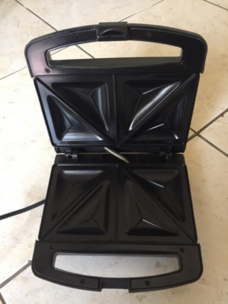 Used Hitachi Sandwich Maker in Dubai, UAE