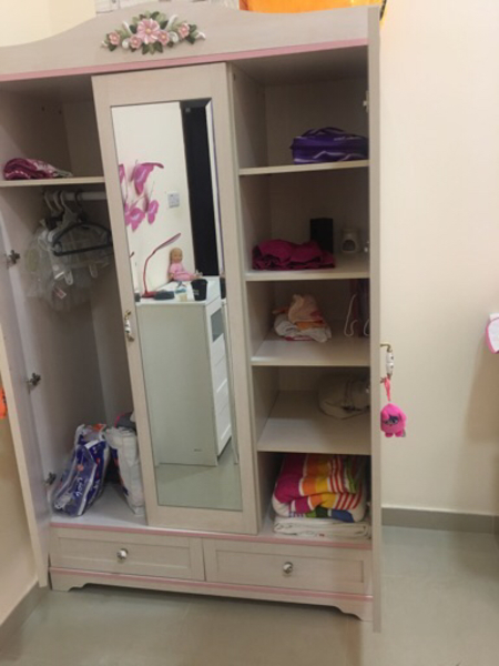 Used Bedroom set like new in Dubai, UAE