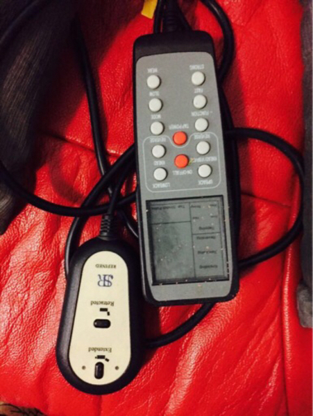 Used Red massage chair with remote in perfect in Dubai, UAE