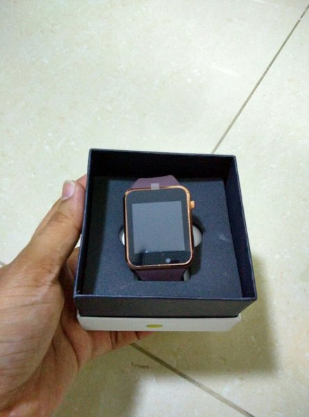 Smart watch with SIM and memory card op