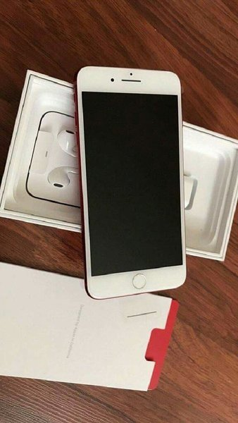 Used Iphone7 plus 8GB with charger! in Dubai, UAE