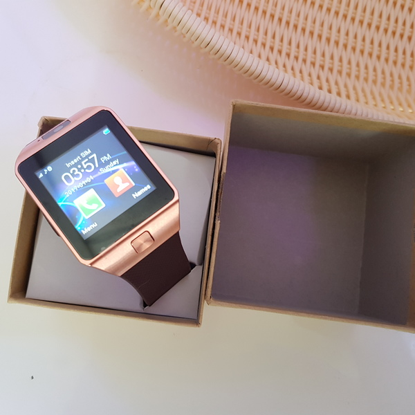 Used New smart watch with camera, sim and mem in Dubai, UAE