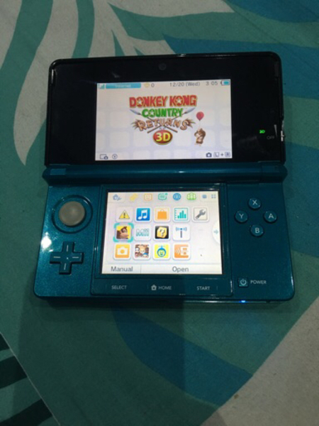 Used Nintendo 3Ds + 4 games cheap price  in Dubai, UAE