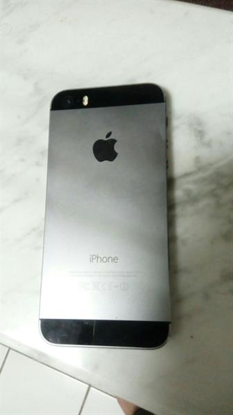 Used I Phone 5s Used Very Good Condition Good Working Only Mobile No Any Accesories in Dubai, UAE