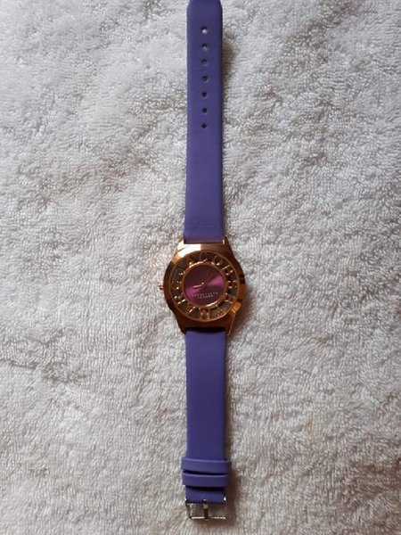 Used Cute purple watch in Dubai, UAE