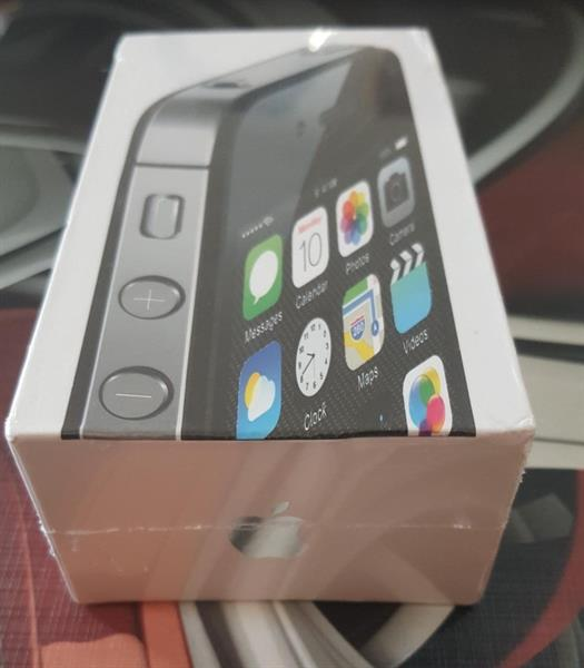 Used Brand New IPhone 4S 16GB  in Dubai, UAE