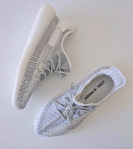 Used Yeezy (350 boost)static's reflected in Dubai, UAE