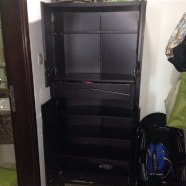 Used Cabinet Unit- 2 Cupboards And Drawer in Dubai, UAE