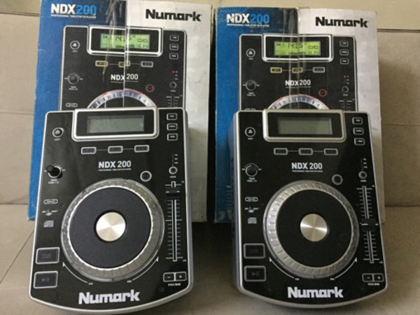 Used Numark DJ Set Perpect Condition in Dubai, UAE