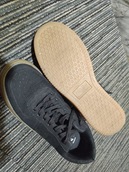 Used Pull and Bear Shoes size 41 buy fits 42 in Dubai, UAE