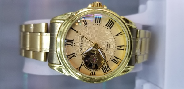 Used Cartier branded watches in Dubai, UAE