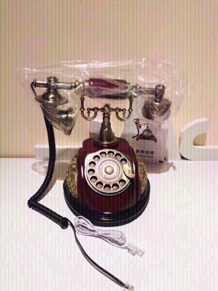 Used Vintage Antic Style telephone & gift 🎁 in Dubai, UAE