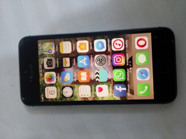Used iPhone 5s 450 in Dubai, UAE