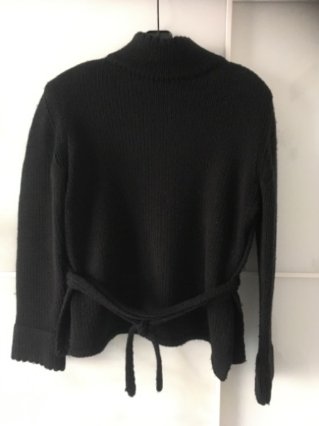 Used Max&Co. Black Knitted Sweater in Dubai, UAE