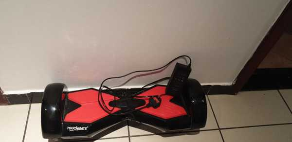 Used New hooveboard with bluetooth and charge in Dubai, UAE