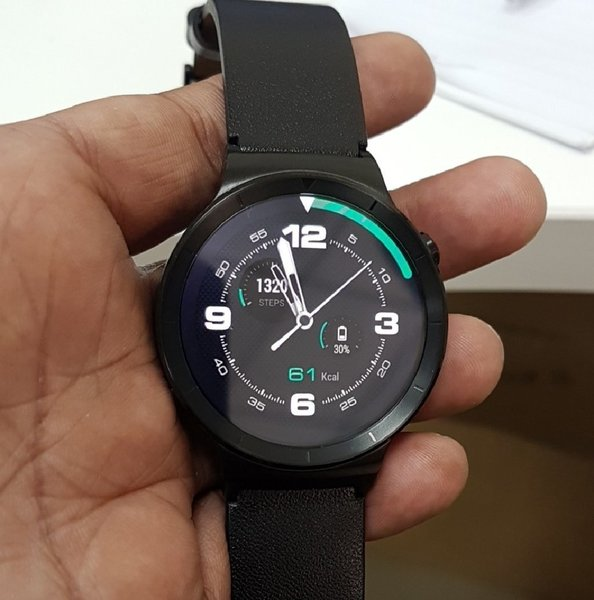 Used Huawei  Smart Watch With Axiom Warrenty in Dubai, UAE