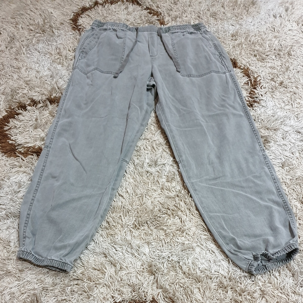 Used Gap Jogger Pants in Dubai, UAE