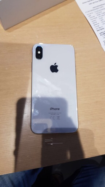 Used Iphone X 64gb silver in Dubai, UAE
