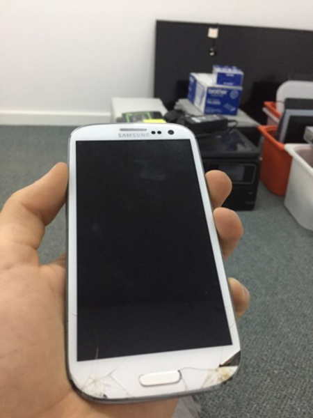 Used Samsung Galaxy S3 (not turning on) in Dubai, UAE