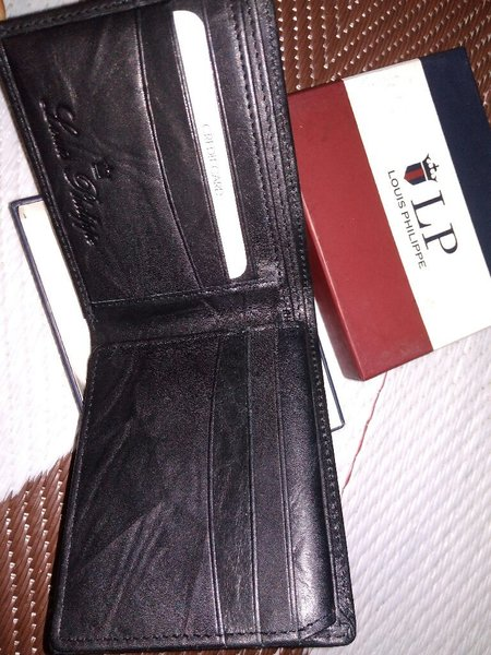 Used Wallet louis philippe leather mastercopy in Dubai, UAE