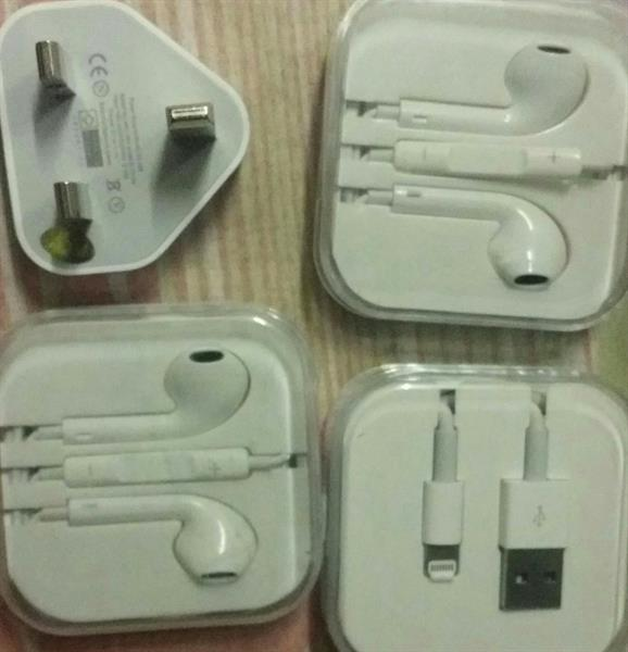Used IPhone original charger And Hand Free  in Dubai, UAE
