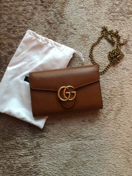 Used Gucci wallet on chain in Dubai, UAE