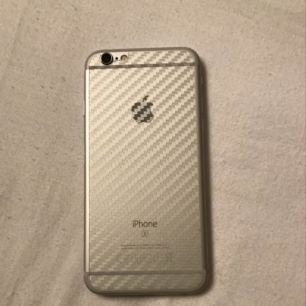 Iphone 6s, 16gb, Silver, No Single Scratch. Final Price. Serious Buyer Only..