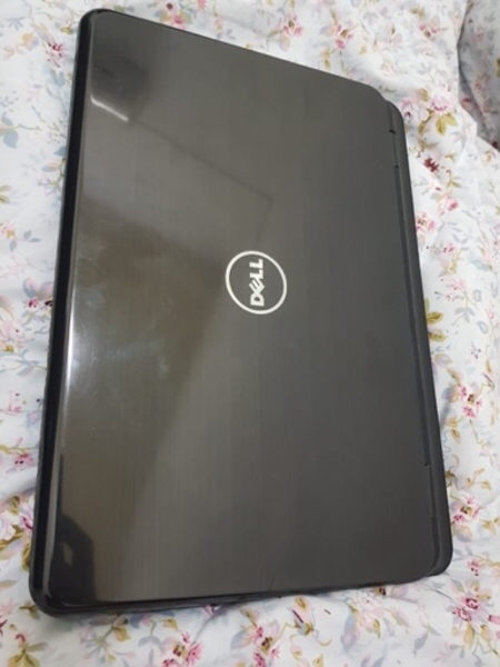 Used Dell Laptop i5 for sale - 580 AED in Dubai, UAE