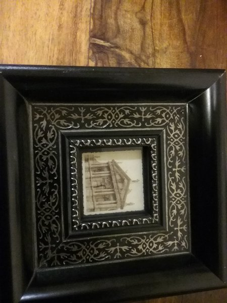 Used Small frame with old pic in Dubai, UAE