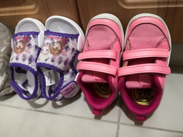 Used Used shoes for kids toddlers in Dubai, UAE