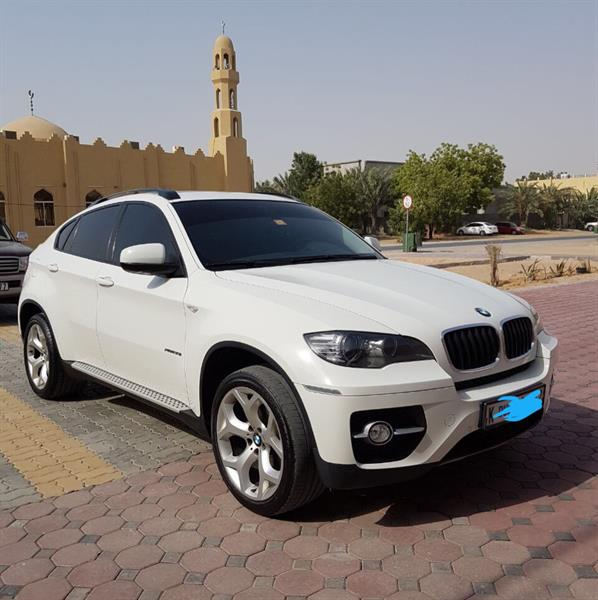 Used BMW X6 In Very Good Condition  in Dubai, UAE