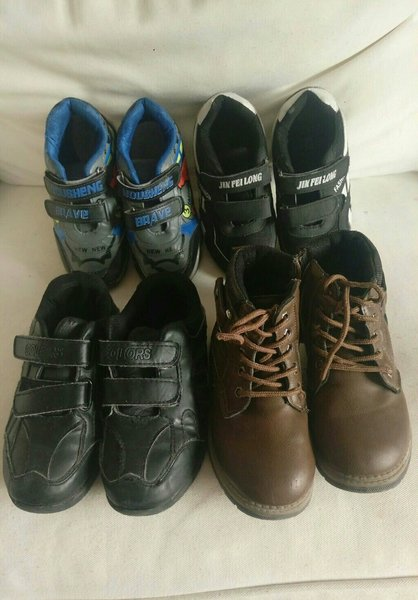Used Four pair of good quality shoes 6-8years in Dubai, UAE