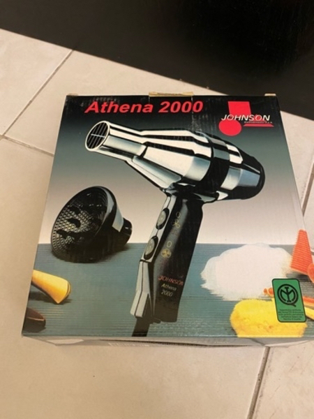Used Water kettle and hairdryer in Dubai, UAE
