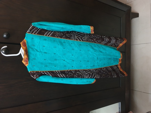 Used New 2 pc dress for 7-8 years girls in Dubai, UAE