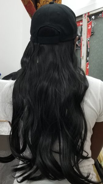 Used Hair extension baseball hat black in Dubai, UAE