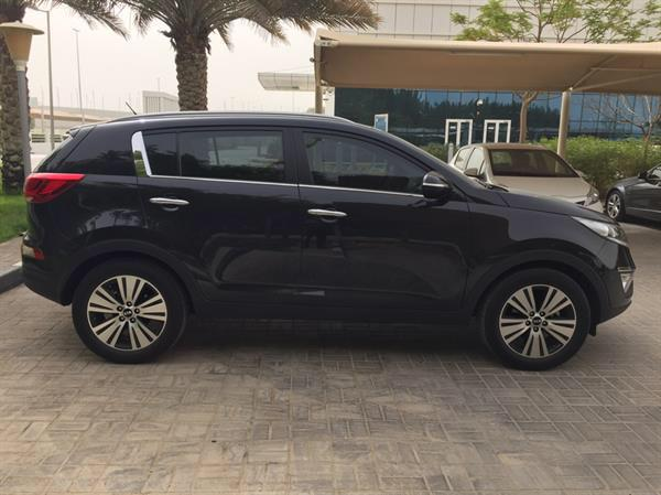 Used Kia Sportage 2.0 - Full Option in Dubai, UAE