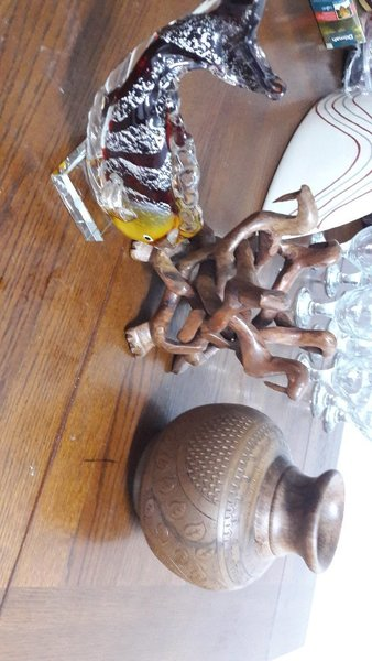 Used Beautiful wooden and glass ornaments in Dubai, UAE