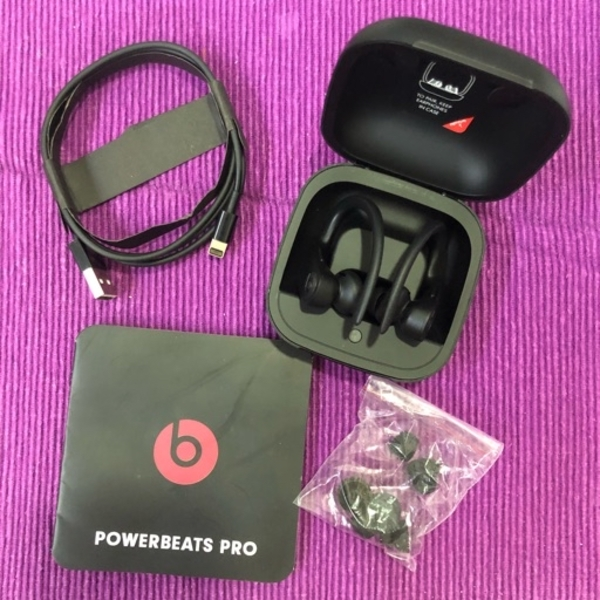 Used POWERBEATS PRO in Dubai, UAE