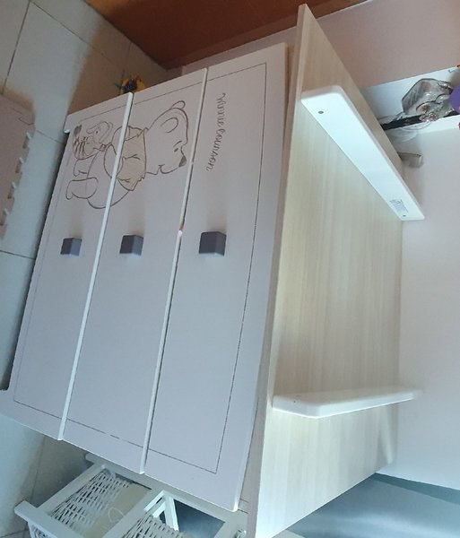 Used Changing table in Dubai, UAE