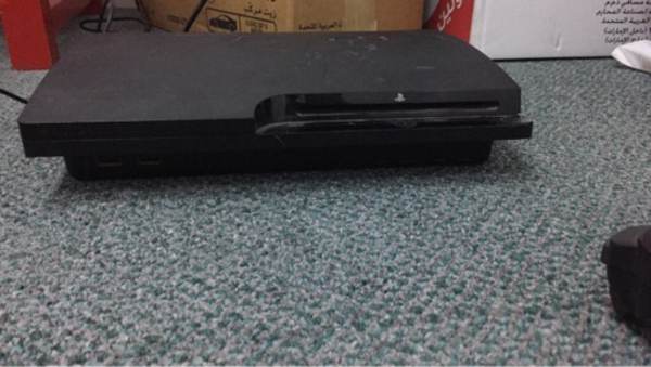 Used PlayStation 3 (Free game + Controller)  in Dubai, UAE