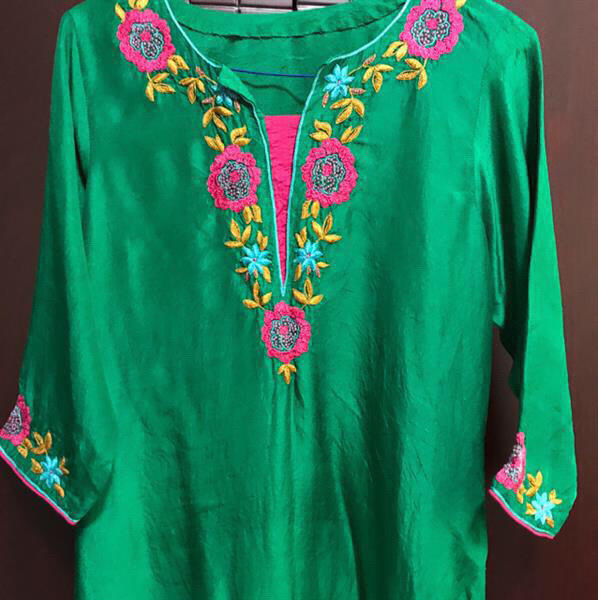 Used Beautiful Emerald Green Shirt With Hand Embriodery  On It. Size Small To Medium. in Dubai, UAE