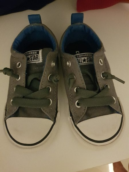 Used Converse baby shoes size 23 brand new in Dubai, UAE