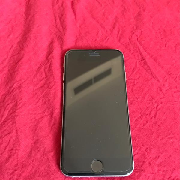 Used Iphone 6  16gb, Black. Used For 12 Months in Dubai, UAE