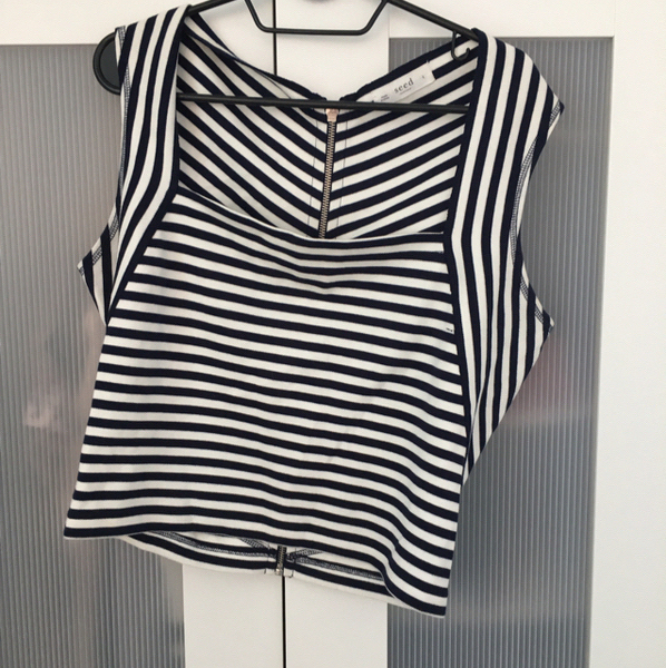 Used Seed Cotton Top- Size L in Dubai, UAE