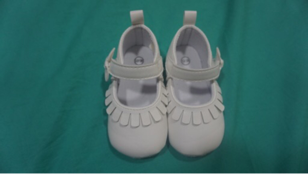 Used white baby shoes in Dubai, UAE