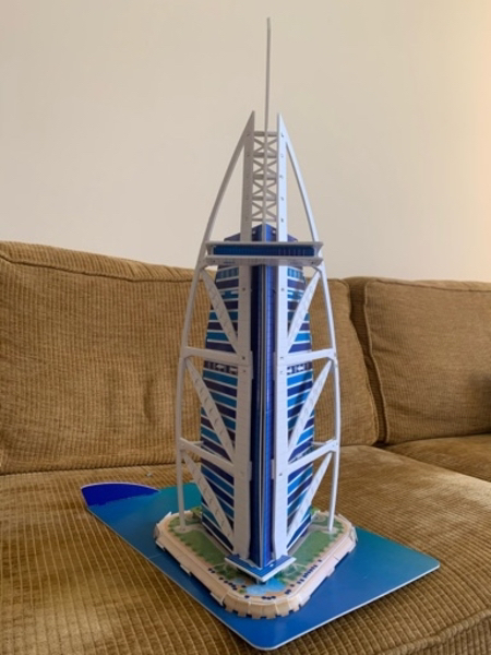 Used Burj Al Arab 3D Modell Puzzle in Dubai, UAE